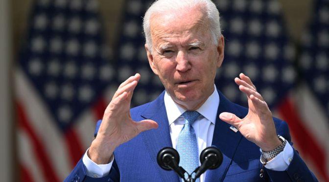 Biden aboga por una reforma policial en su discurso ante el Congreso