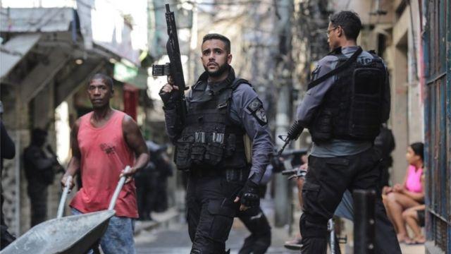 Magistrados piden revisión tras redada mortal en Río