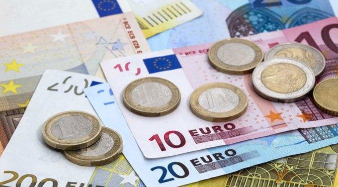 Euro presenta ganancias para acariciar máximo de dos meses