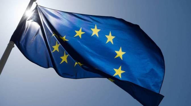 Rendimientos de los bonos de la eurozona presentan ganancias a media semana