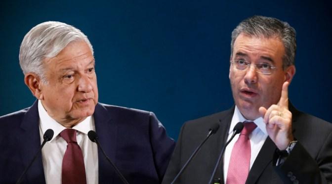 Alejandro Díaz de León no repetirá como gobernador del Banco de México: AMLO