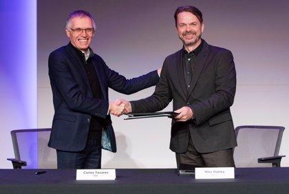 Stellantis y Foxconn anunciarán una asociación estratégica el martes