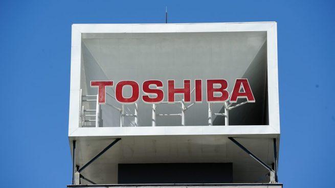 Junta de Toshiba nombrará a UBS como asesor para la revisión estratégica