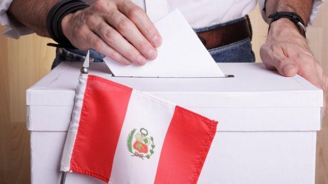 Dos de cada cinco peruanos cree que las elecciones presidenciales fueron limpias