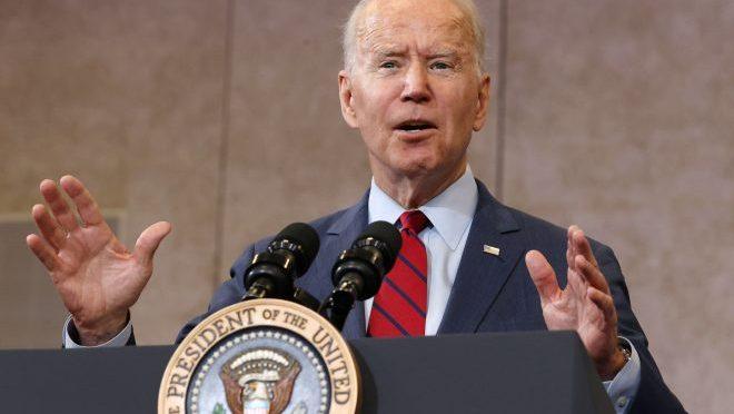 Biden descarta amenaza de veto sobre plan de infraestructura