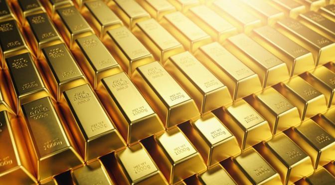 Precios del oro recuperan terreno pero tiene su peor semana en 9 meses