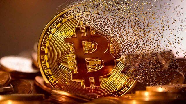 Bitcoin cae un 7% a 35,431.15 dólares