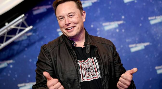 """""""Este coche aplasta"""", dice Musk, en el lanzamiento del nuevo un modelo S de Tesla"""