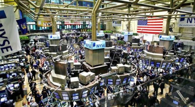 S&P 500 y futuros de Dow Jones rondan cerca de máximos históricos
