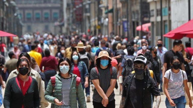 México reporta 17,408 nuevos casos de coronavirus, la mayor cifra desde enero