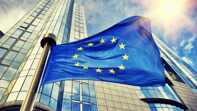 Zona euro se retira con más fuerza de lo esperado de la recesión