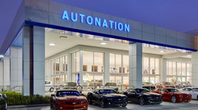 Ganancias de AutoNation se triplican, espera que la demanda de vehículos nuevos se mantenga fuerte
