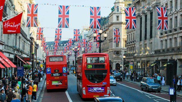 Gran Bretaña propone reformas a la cotización de empresas de tecnología
