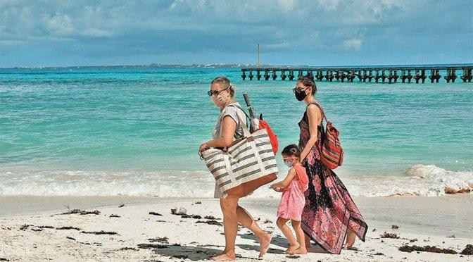 Turistas bolivianos se contagia de COVID en Quintana Roo