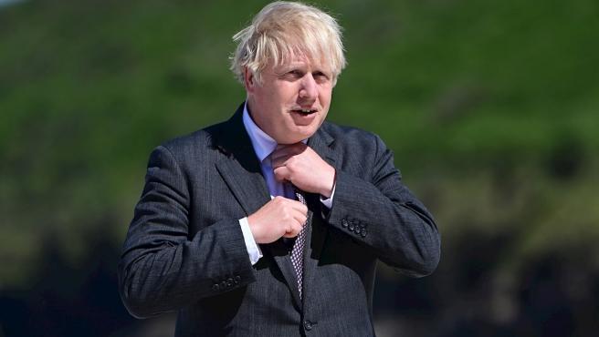 Reino Unido eliminará todas las restricciones COVID-19 en una semana