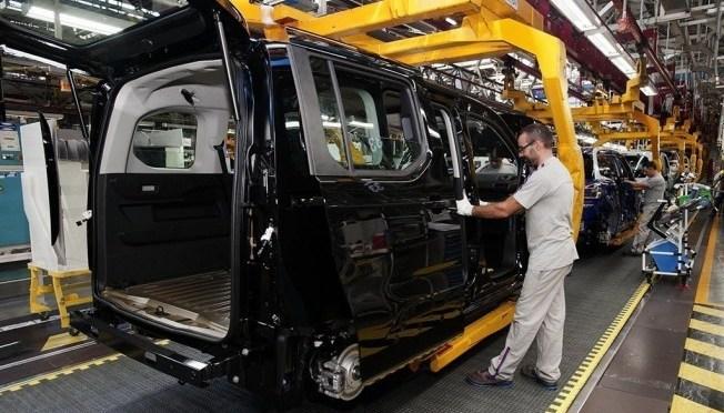 España invertirá millones en su industria automotriz