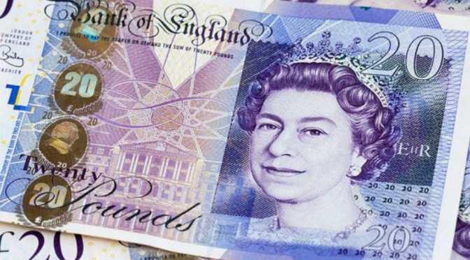 Libra esterlina se recupera ante el dólar