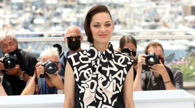 Marion Cotillard y Jodie Foster lideran el glamour de Cannes en el regreso de la alfombra roja