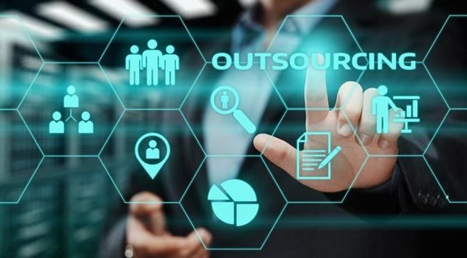 Empresarios mexicanos piden prórroga para entrada de regulación de outsourcing