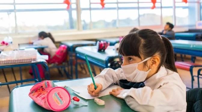 Cómo preparar a los niños más pequeños para el regreso a clases presenciales