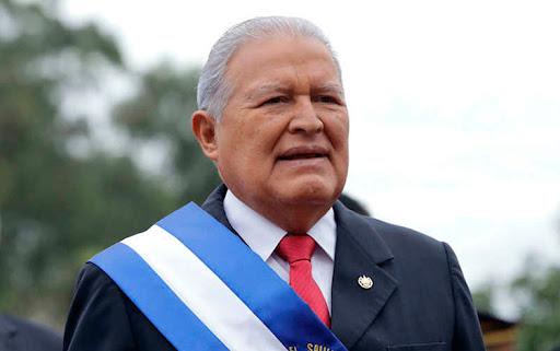 El Salvador ordena la detención del expresidente Sánchez Cerén