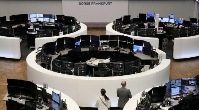 Acciones europeas se mantienen estables con fuertes ganancias