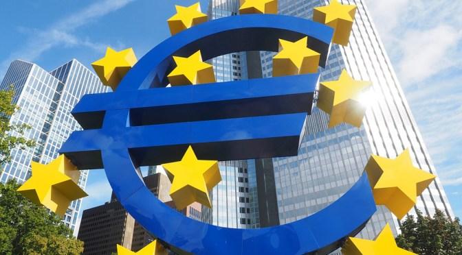Rendimientos de los bonos de la zona del euro bajan desde los máximos históricos