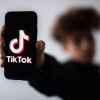 Versión china de TikTok limita el uso de la aplicación por parte de los menores de 14 años