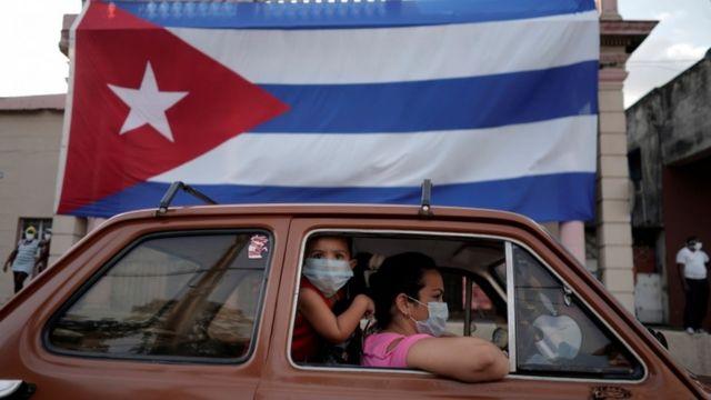 Cuba comienza a reabrir la economía a medida que avanza la campaña de vacunación contra COVID-19