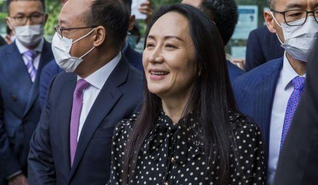 Ejecutiva de Huawei regresa a China