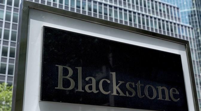 Blackstone contrata ejecutivos para un negocio de crédito de rápido crecimiento