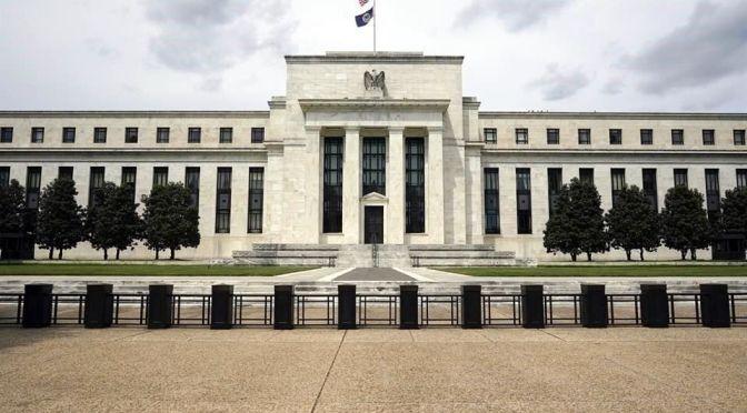 Inversores esperan subidas en las tasas con el plan de reducción de la Fed