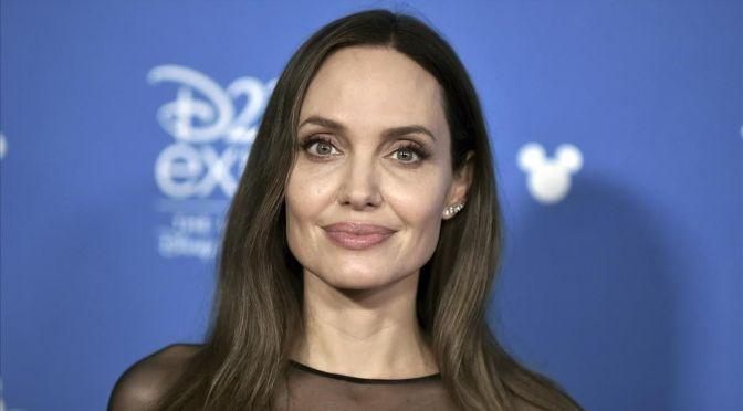 """Angelina Jolie quiere empoderar a los niños de todo el mundo con herramientas para """"luchar"""" por sus derechos"""