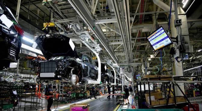 Fabricantes del Reino Unido elevan los precios a nivel más alto desde 1980