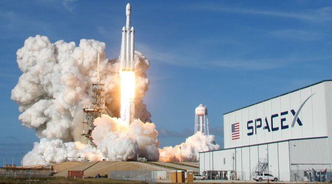 SpaceX de Elon Musk supera los 100 mmdd de valoración