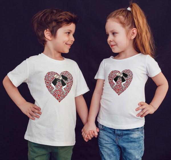 Offrez à vos enfants un Magnifique T-shirt Enfant fille ou garçon LOVE TO LOVE original et agréable à porter, designer par notre illustratrice Abi et imprimé directement depuis notre atelier Français situé à Jurançon au coeur des Pyrénées, en plein Béarn 64 niché entre l'océan et la montagne. Disponible en taille 3/4 ANS, 5/6 ANS, 7/8 ANS, 9/10 ANS, 11/12 ANS. 100% coton. Design by Abi