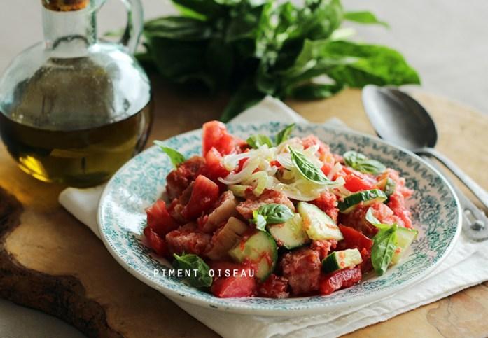 panzanella,salade de pain à la tomate