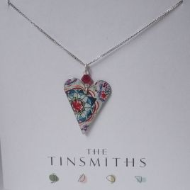 Lotus Slim Heart Necklace