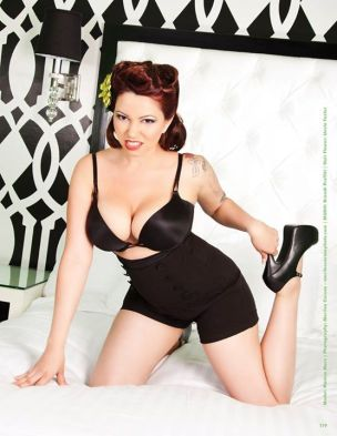 20150131_Pinup_RetroLovely_06_MonicaMarz