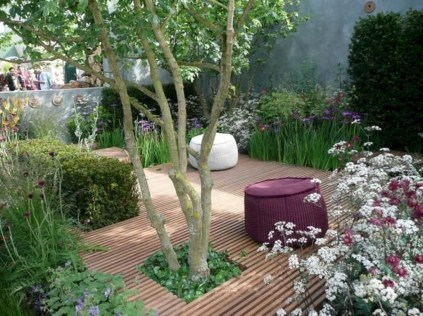 Amazing Small Courtyard Garden Design Ideas 02