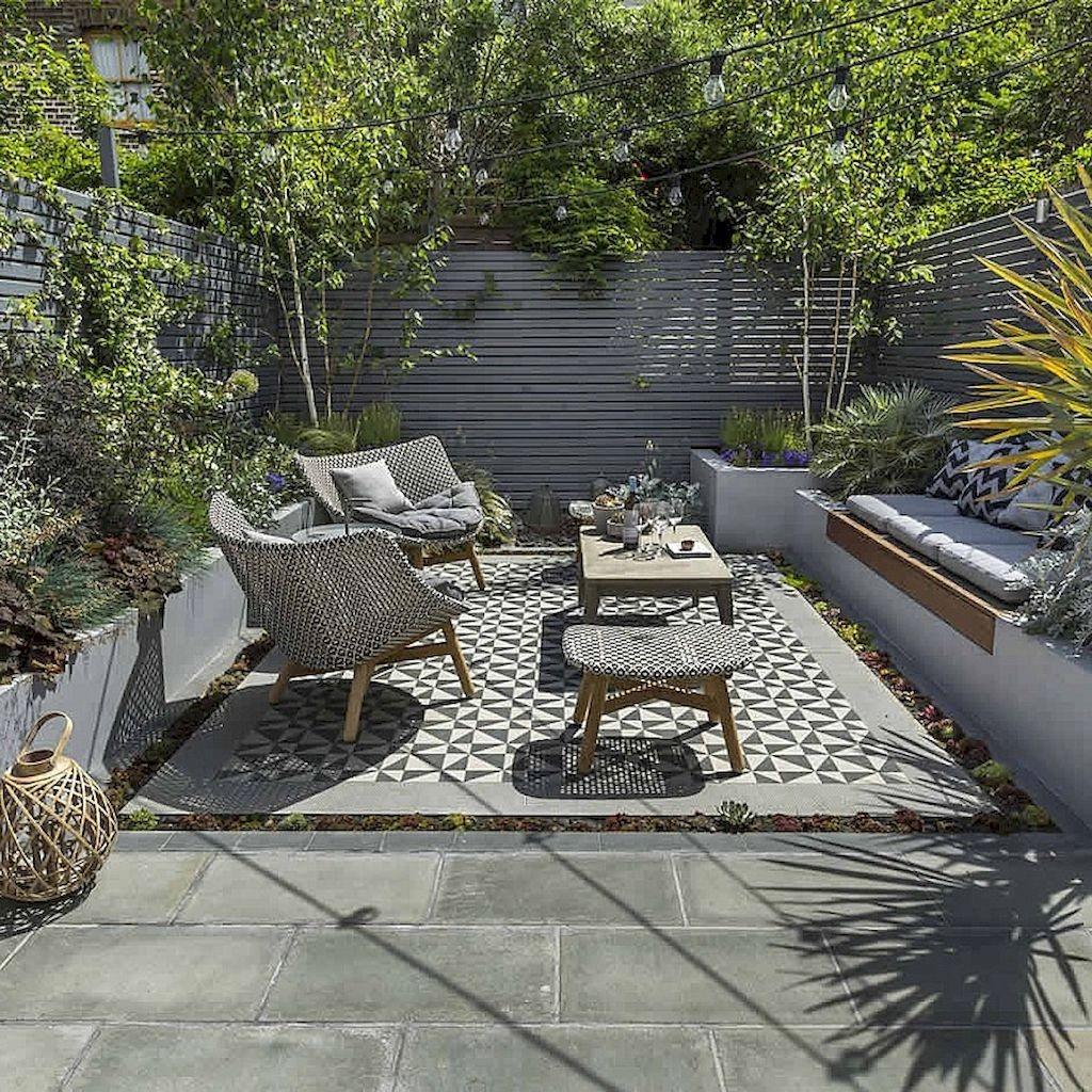 Amazing Small Courtyard Garden Design Ideas 04
