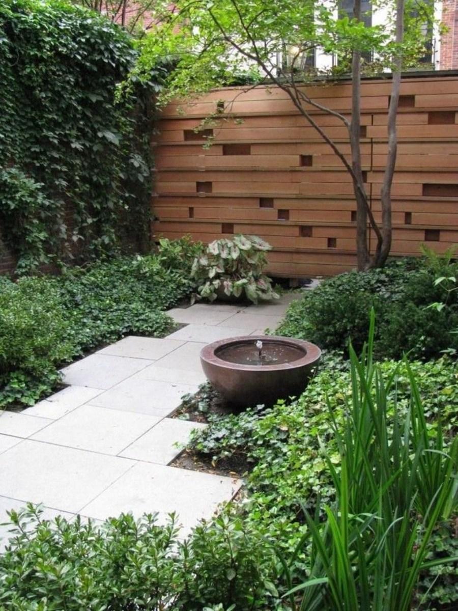 Amazing Small Courtyard Garden Design Ideas 15