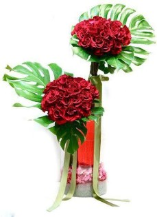 Lovely Rose Arrangement Ideas For Valentines Day 03