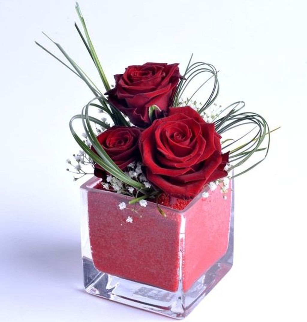Lovely Rose Arrangement Ideas For Valentines Day 06