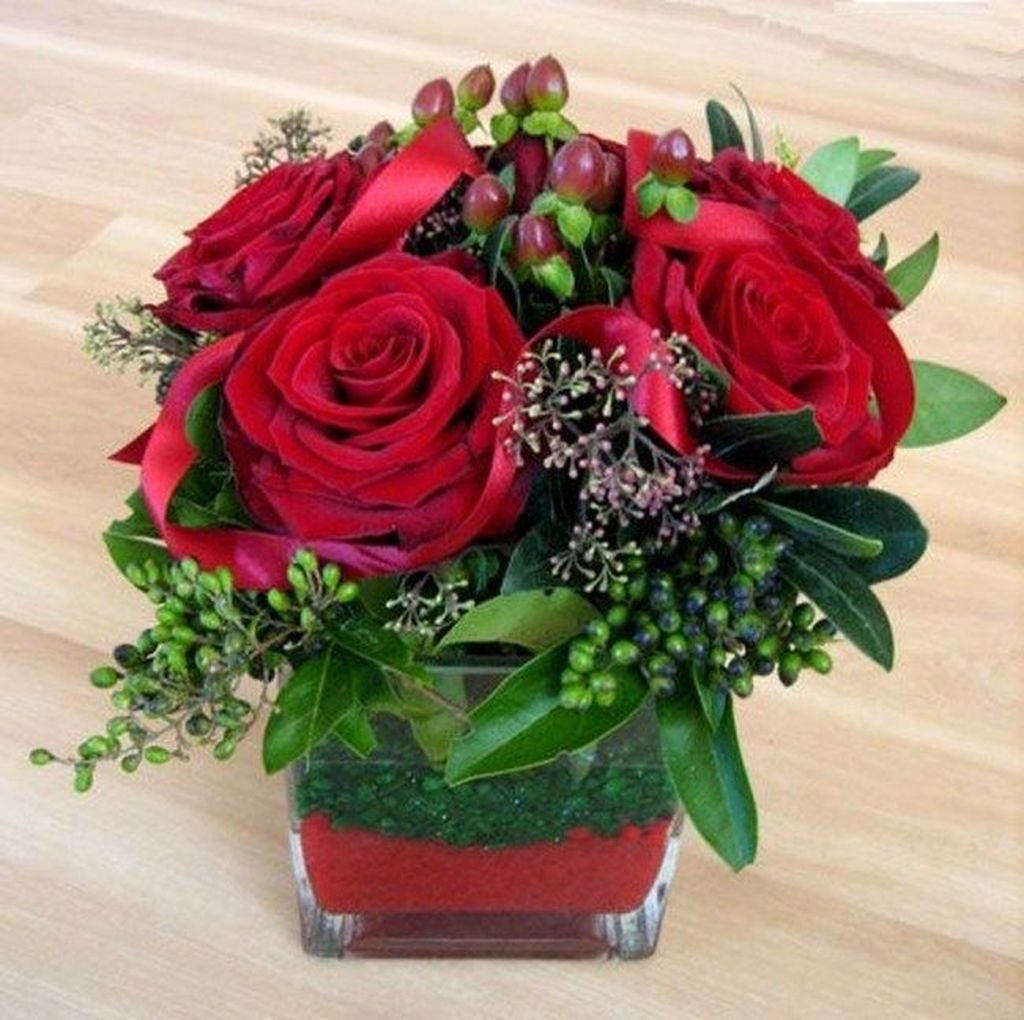 Lovely Rose Arrangement Ideas For Valentines Day 42