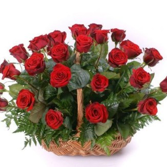 Lovely Rose Arrangement Ideas For Valentines Day 48