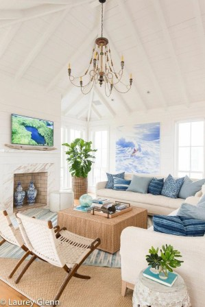 Amazing Coastal Living Room Decoration Ideas You Must Try 07