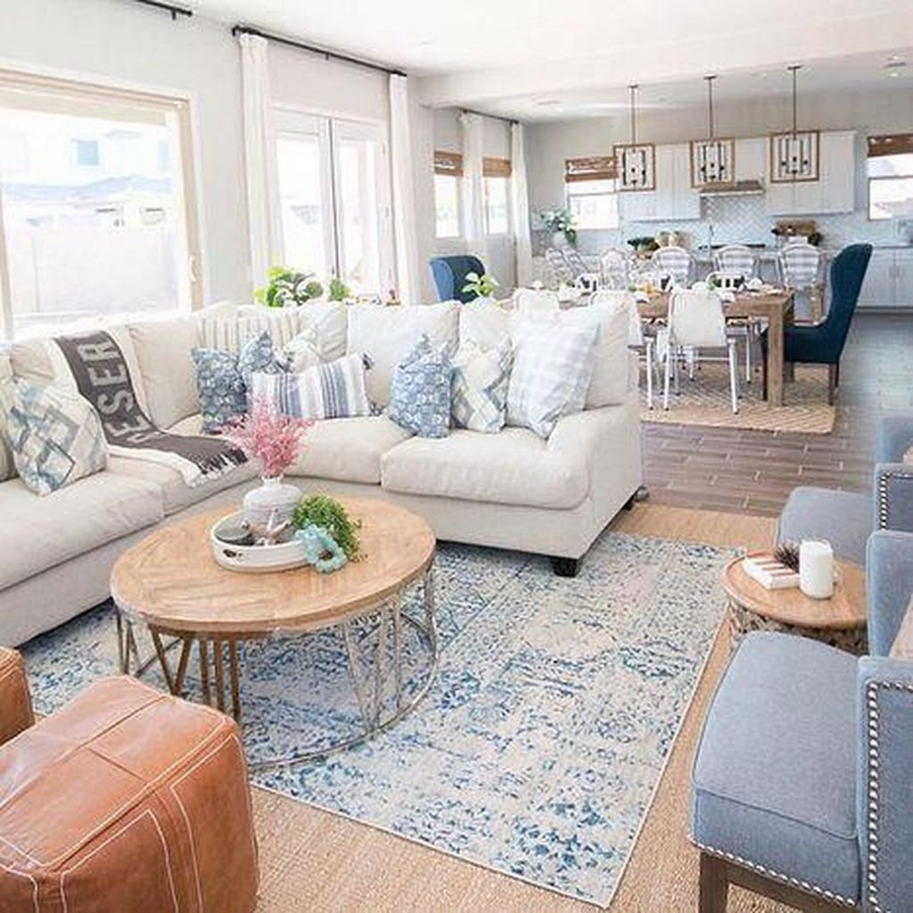 Amazing Coastal Living Room Decoration Ideas You Must Try 15