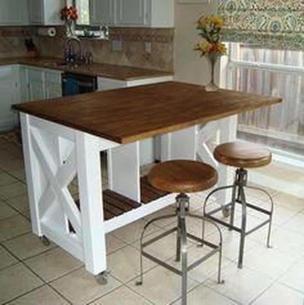 Awesome Rustic Kitchen Island Design Ideas 05