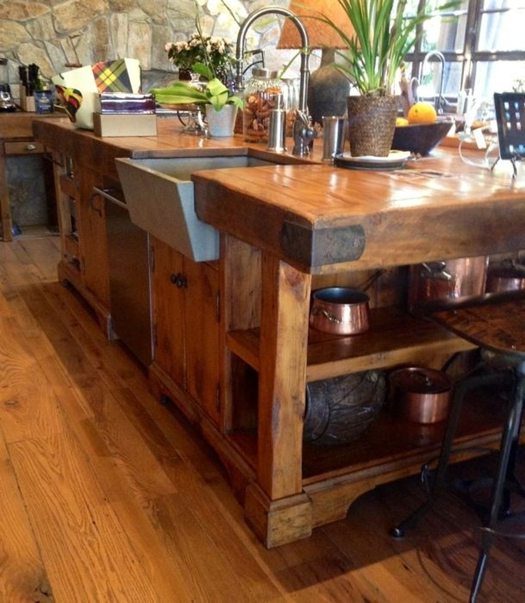 Awesome Rustic Kitchen Island Design Ideas 07
